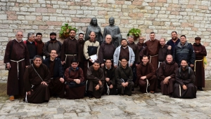 Spanish & Portuguese Speaking Capuchins meet Brother Francis & Sister Clare