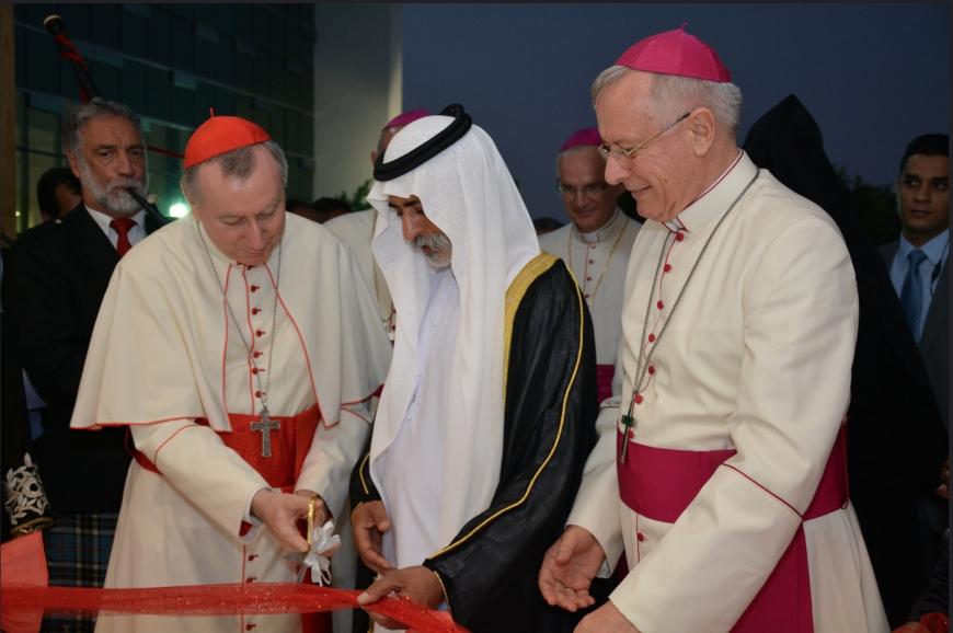 Paul Hinder, a bishop in Arabia, a pastor of migrants