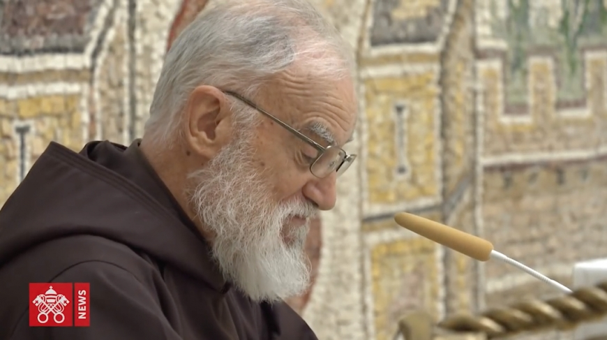 Father Cantalamessa: 'God is in our midst'