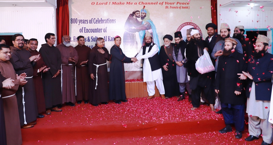 Christians and Muslims together to commemorate the 800th anniversary of the encounter between St. Francis and the Sultan